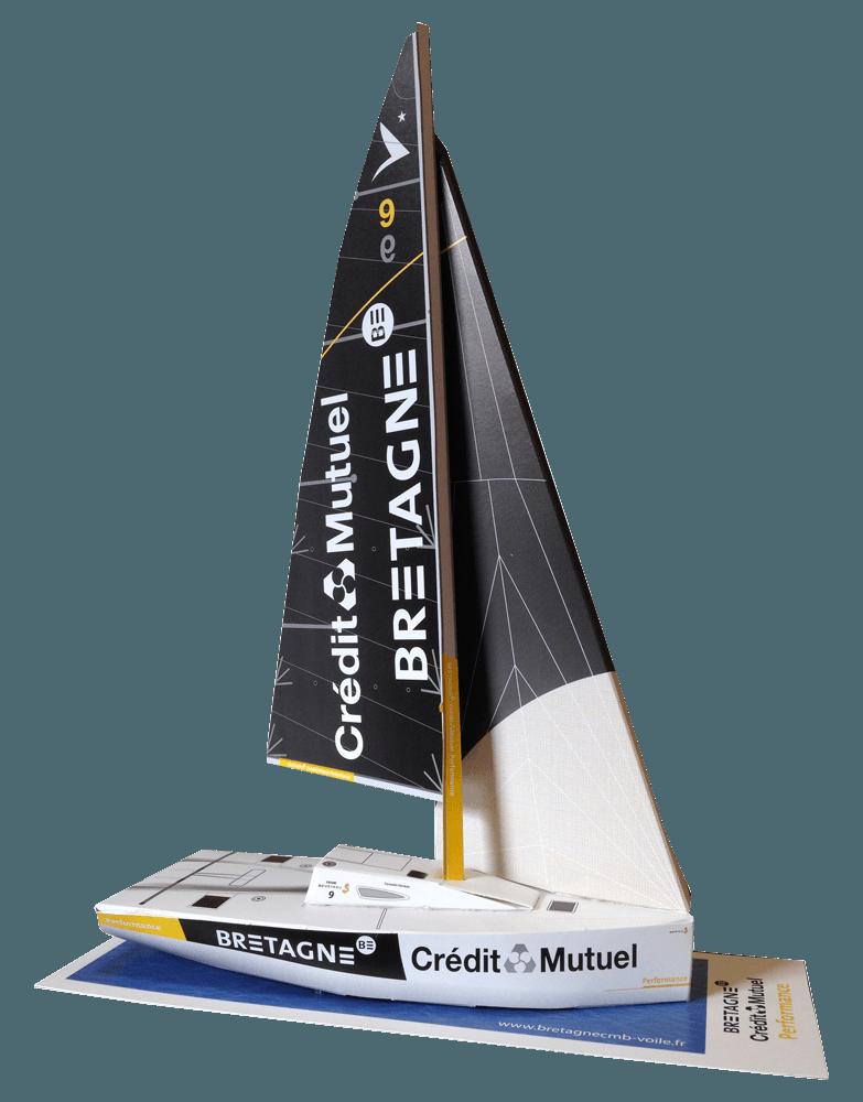 Maquette en papier so-boat du Figaro Bénéteau Bretagne Crédit Mutuel